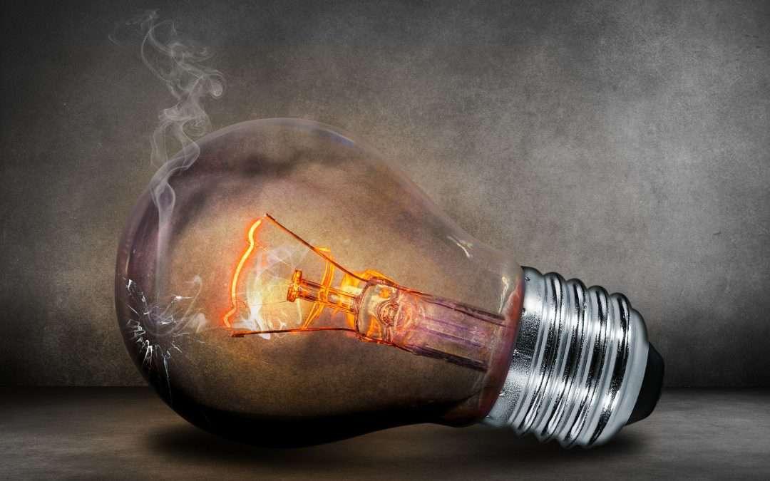 30.09 – Z prądem nie ma żartów, zajęcia z eksperymentami dla dzieci w wieku 6-9 lat