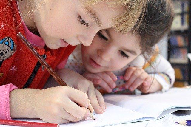 Matematyka na wakacjach – KARTKA I OŁÓWEK – ZAJĘCIA ONLINE DLA DZIECI 5-7 LAT Z OPIEKUNAMI