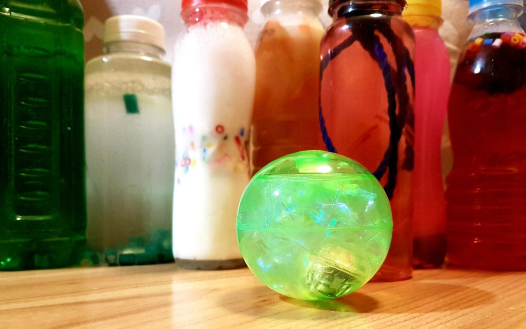 Manufaktura zabawek: butelkowe zabawki zręcznościowe – zajęcia dla opiekunów i opiekunów z dziećmi