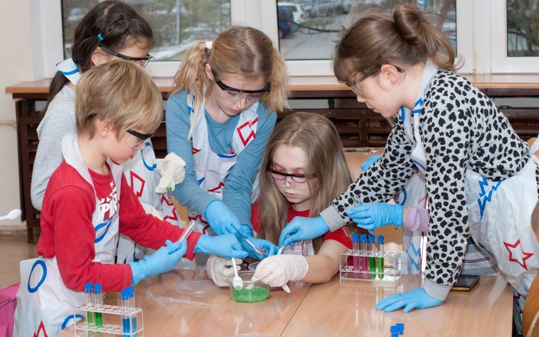 eksperymenty w Józefosławiu: Czy sól służy tylko do gotowania? Zajęcia dla dzieci 6-10 lat